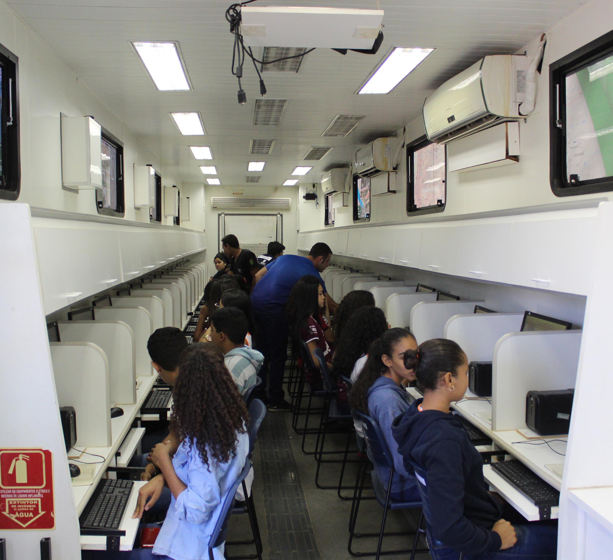 Carreta-laboratório do IFNMG